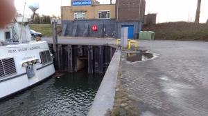 De monding van de Dijkgraaf in de haven van Wageningen